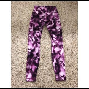 Lululemon Purple leggings size 4!